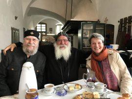 Besuch im koptisch-orthodoxen Kloster der Heiligen Jungfrau Maria und des Heiligen Maurituius in Höxter-Brenkhausen bei Bischof Anba Damian