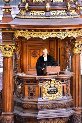 Präsident Dr. h.c. Christian Schad auf der Kanzel des Berliner Doms. Foto Sascha Sebastian Haenel